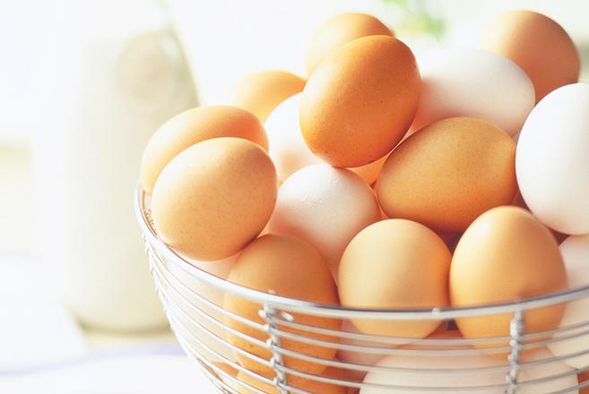 Huevos frescos o viejos