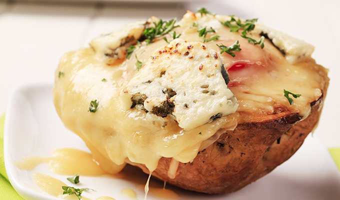 Receta de Papas rellenas de carne, jamón y queso