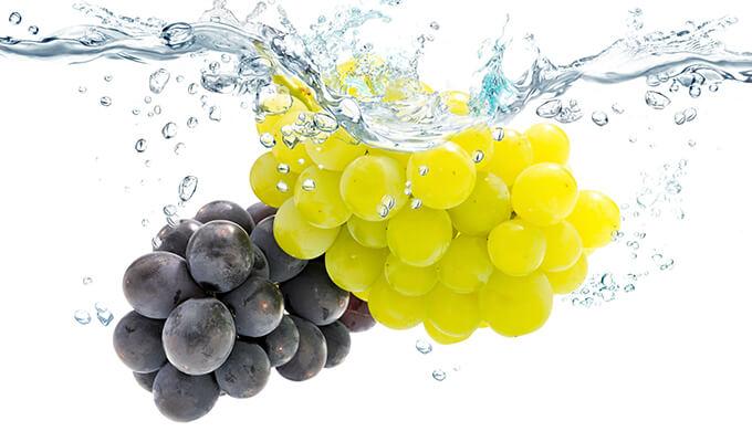 ¿Cómo pelar las uvas?