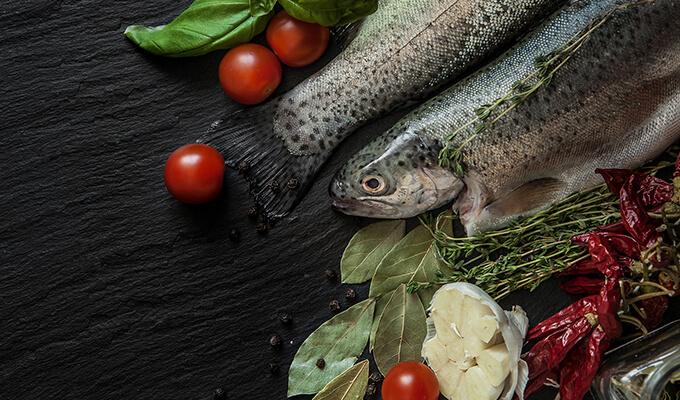 Evita el olor al cocinar pescado